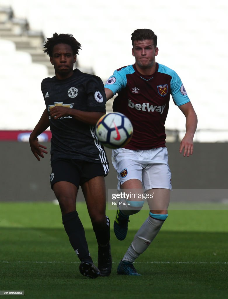 Buffonge of Manchester United's Under 23 and West Ham United U23s Sam Byram during Premier League 2 Division 1 match between West Ham United Under 23s and Manchester United Under 23s at London Stadium, London , England on 15 Oct 2017.