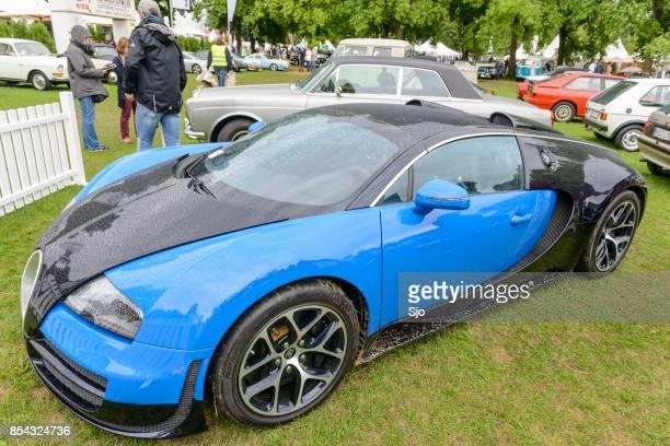 Bugatti Veyron EB 16.4 Mid-engine, four-wheel drive, two-door coupé hypercar