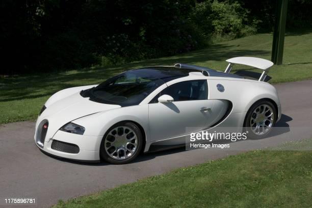 Bugatti Veyron Grand Sport.