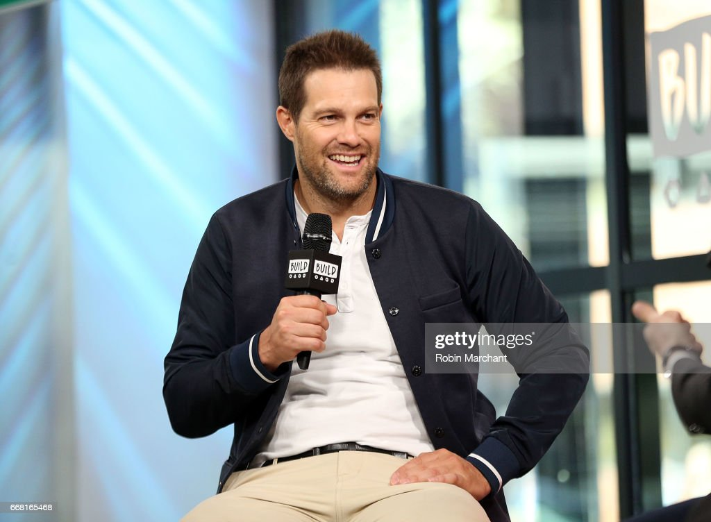 """Build Series Presents Geoff Stults Discussing """"Unforgettable"""""""