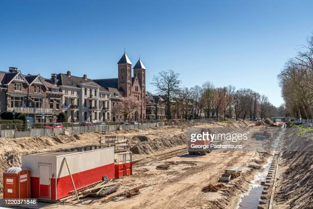 building a canal in the netherlands - gräva bildbanksfoton och bilder