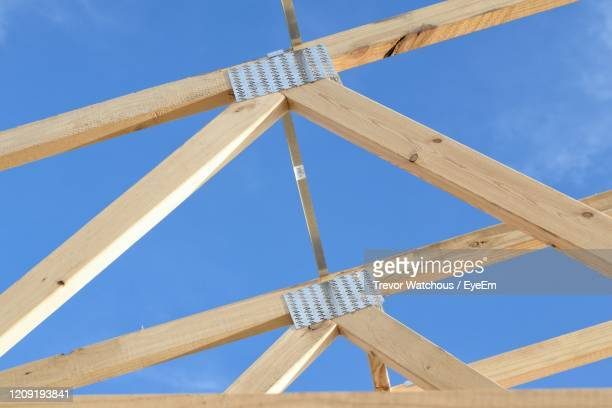 building a house - lara rafter stock pictures, royalty-free photos & images