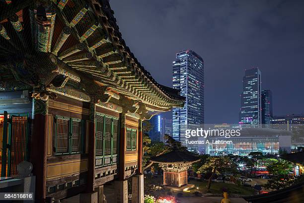 building at bongeunsa temple and view of gangnam in seoul - ソウル ストックフォトと画像