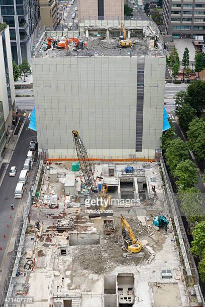 building demolishing in japan - hitachi ltd stock pictures, royalty-free photos & images