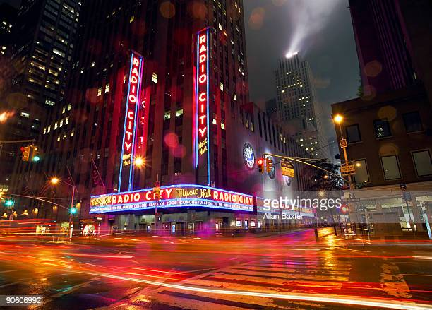 building in rain - vaudeville stock pictures, royalty-free photos & images