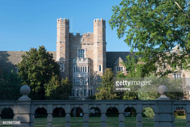 building in the campus of duke university - duke stock pictures, royalty-free photos & images