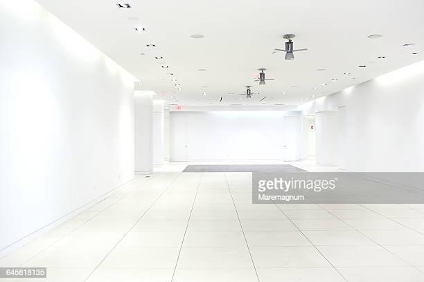 building interior - fliesenboden stock-fotos und bilder