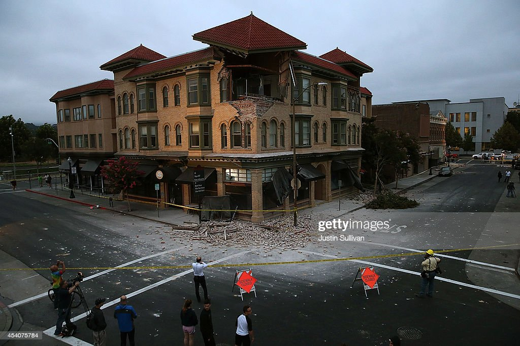 A building is seen destroyed following a reported 6.0 earthquake on August 24, 2014 in Napa, California. A 6.0 earthquake rocked the San Francisco Bay Area shortly after 3:00 am on Sunday morning causing damage to buildings and sending at least 70 people to a hospital with non-life threatening injuries.