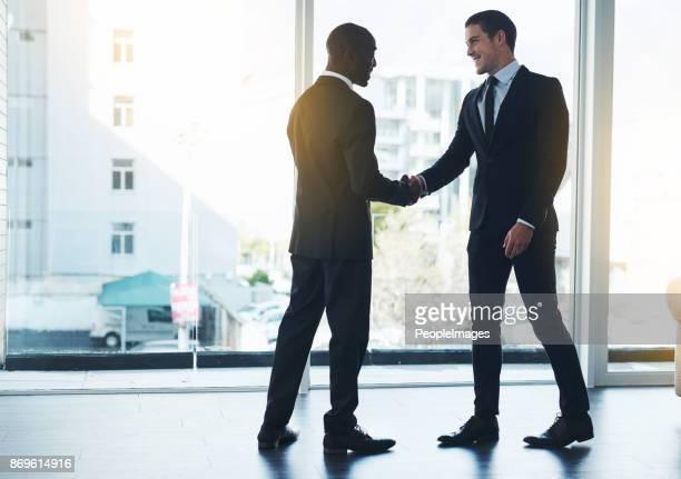 新しいビジネス関係を構築