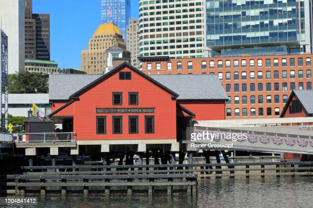 building of the boston tea party ships and museum - rainer grosskopf stock pictures, royalty-free photos & images