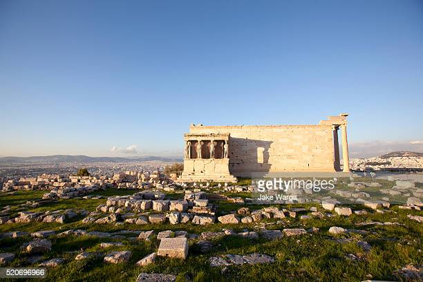building on the acropolis, athens, greece - jake warga stock pictures, royalty-free photos & images
