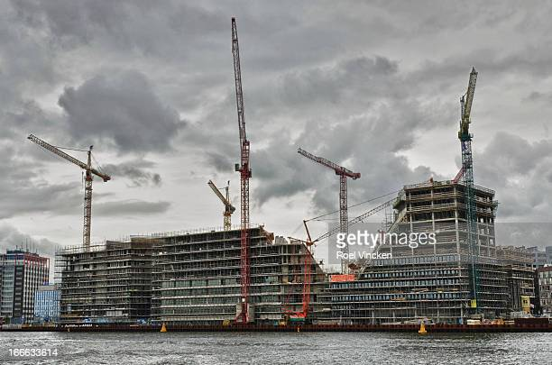 CONTENT] A building project on the South Bank of the IJ River in Amsterdam
