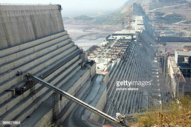 Building site machines stand on the construction site of the Grand Ethiopian Renaissance Dam in Guba in the North West of Ethiopia, 24 November 2017....