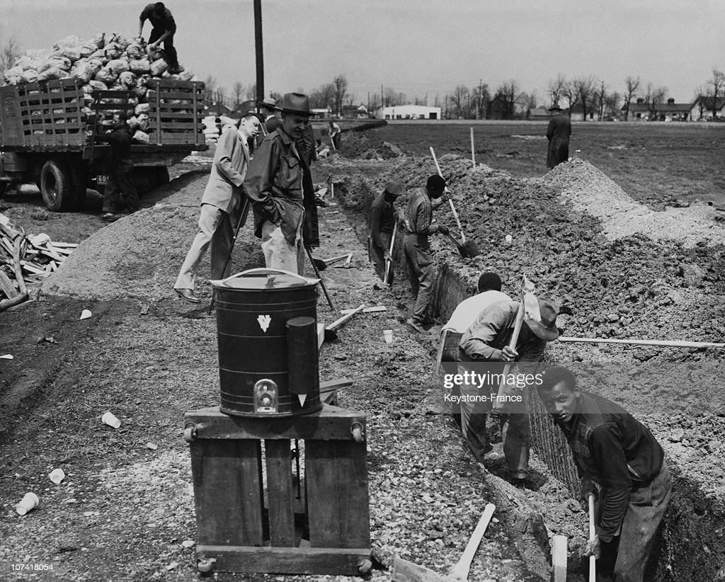 Building Site, Whites On One Side, Blacks In The Other In Usa During Fifties : News Photo