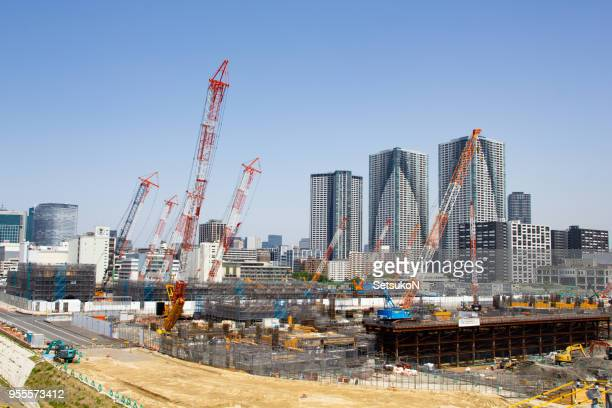 building the 2020 olympic village, harumi, tokyo - athletes village stock pictures, royalty-free photos & images