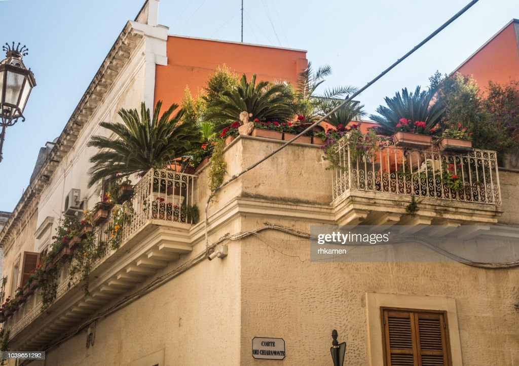 Building With Balcony And Roof Terrace Lecce Salento Apulia Italy High Res Stock Photo Getty Images