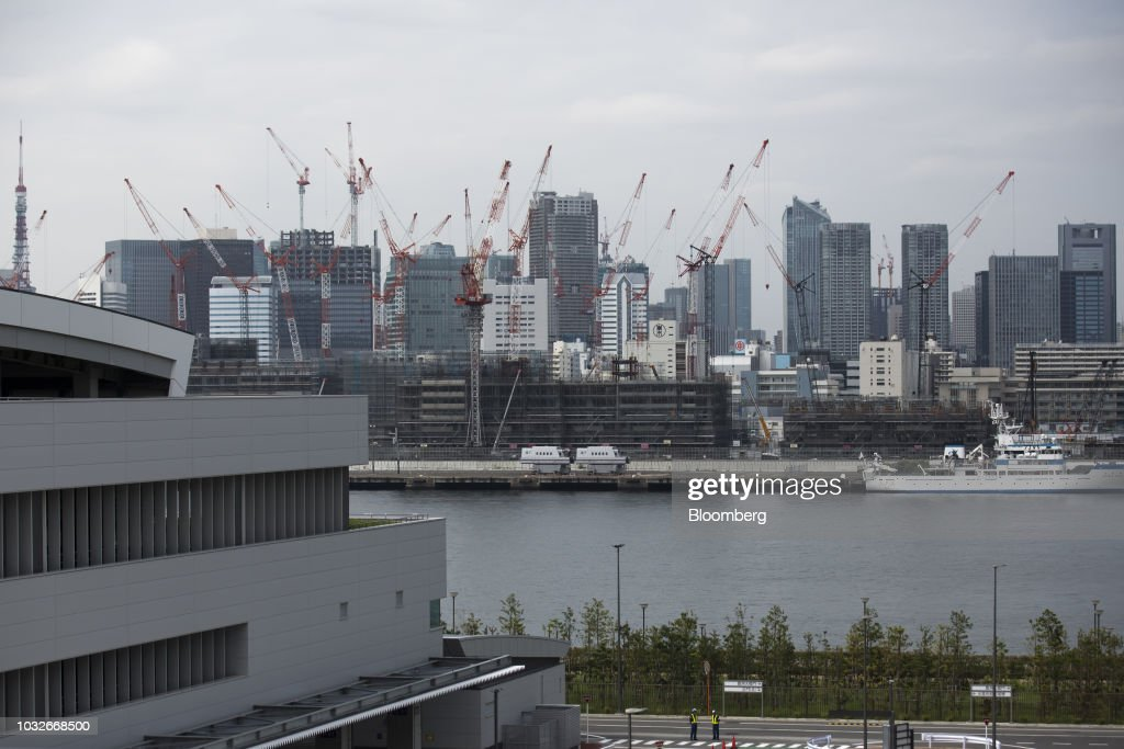 Buildings are seen from the rooftop garden at Toyosu Market in Tokyo, Japan, on Thursday, Sept. 13, 2018. The Toyosu Market, where the iconic Tsukiji fish market will relocate to, is scheduled to being operations on Oct. 11. Photographer: Tomohiro Ohsumi/Bloomberg via Getty Images