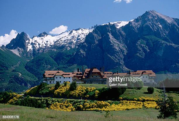 buildings at bariloche - bariloche stock pictures, royalty-free photos & images