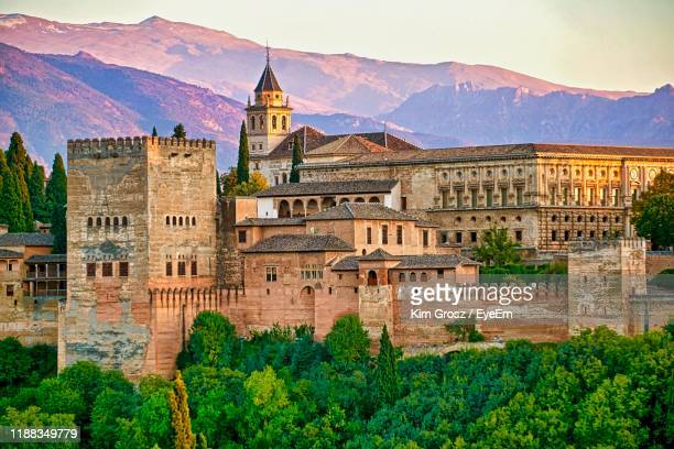 buildings in a city - granada spain stock pictures, royalty-free photos & images