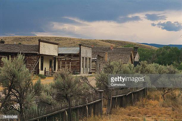 buildings in ghost town of bannack in montana - montana western usa stock pictures, royalty-free photos & images