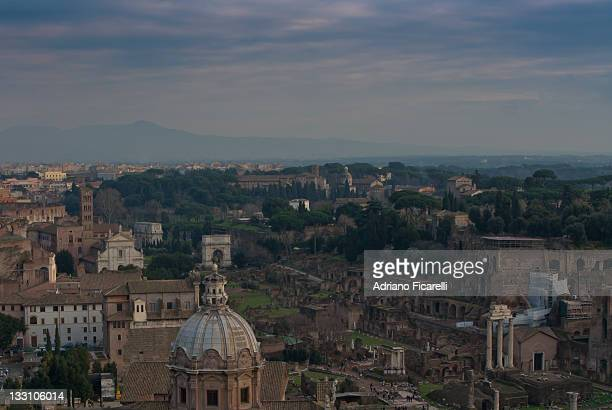 buildings in rome - adriano ficarelli stock pictures, royalty-free photos & images