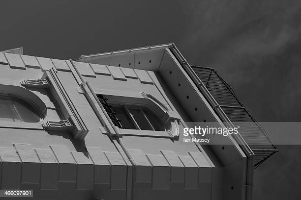 Buildings, Looking up, Light and sky, Sunnyside, Highlight, Light and shadow, Detail, A different angle, windows, Fascia, Tone, Black and White, On...