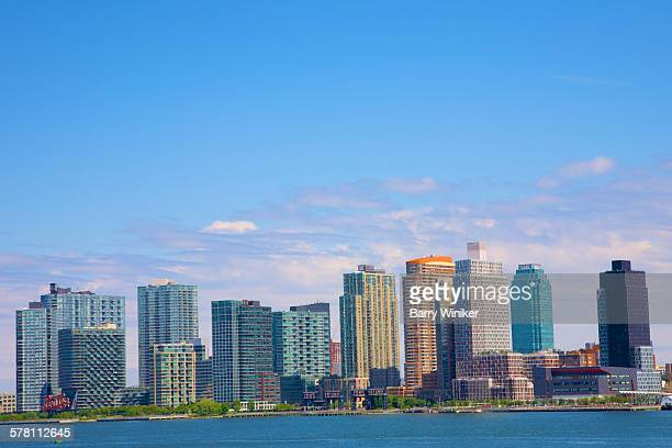 12 buildings on lic skyline, queens, nyc - long island city stock photos and pictures