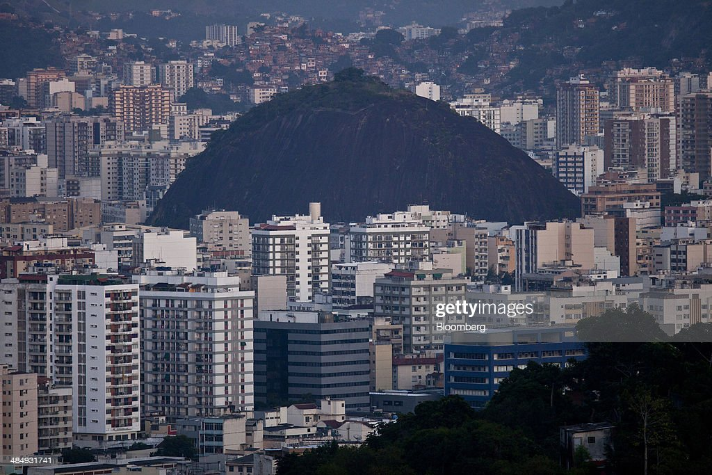 Wealth Distribution Remains Unequal As Brazil Veers From Boom To Bust : News Photo