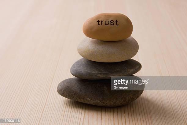 Auf Vertrauen,