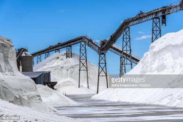 built structure on snow covered landscape against blue sky - blenheim new zealand stock pictures, royalty-free photos & images