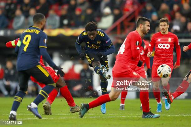 Bukayo Saka of Arsenal scores his team's second goal during the UEFA Europa League group F match between Standard Liege and Arsenal FC at Stade...