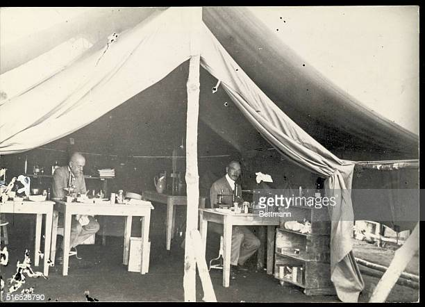 Bukoba Tanzania With the sleep disease expedition in East Africa with the 19061907 expedition the deceased medical officer Panse in the work tent in...