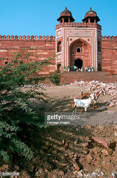 Buland Darwaza, Fatehpur Sikri, Agra, Uttar Pradesh, India. Fatehpur Sikri was a city built by the Mughal Emperor Akbar in the 16th century. It was...