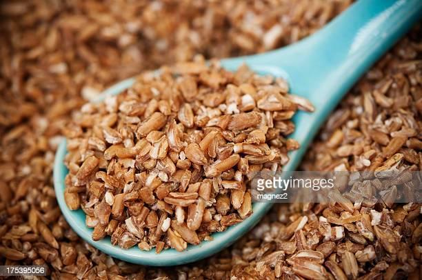 bulgar wheat - bulgur bildbanksfoton och bilder