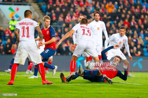 Bulgaria's defender Vasil Bozhikov and Norway's midfielder Havard Nordtveit vie for the ball during the UEFA Nations League group stage football...