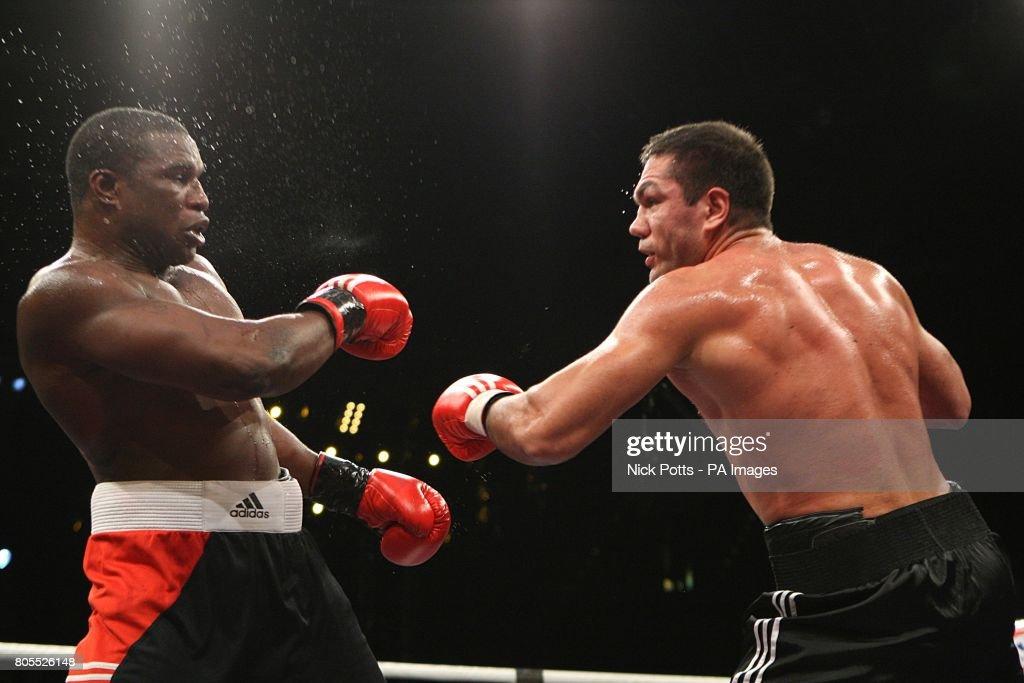 Boxing - WBA World Heavyweight Title - Nikolai Valuev v David Haye - Nuremberg Arena : News Photo