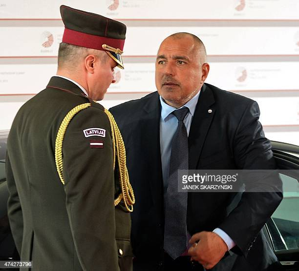 Bulgaria's Prime minister Boyko Borissov arrives at the House of the Blackhead upon arrival for an informal dinner at the start of the fourth...