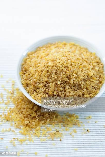bulgur wheat - bulgur bildbanksfoton och bilder