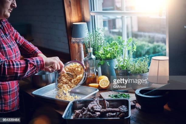bulgur med citron och rotfrukter - bulgur bildbanksfoton och bilder