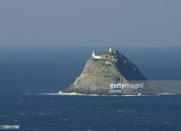Bull Island Ireland The Bull island lighthouse lies to the northwest of Dursey