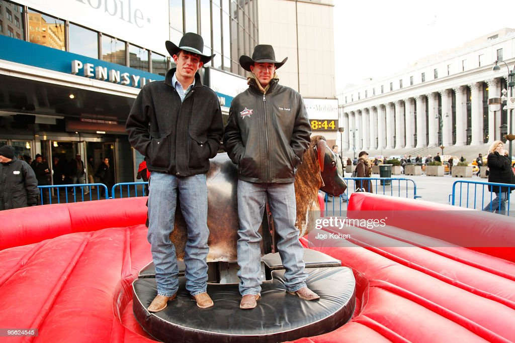 PBR's Mechanical Bull NYC Media Showdown : News Photo
