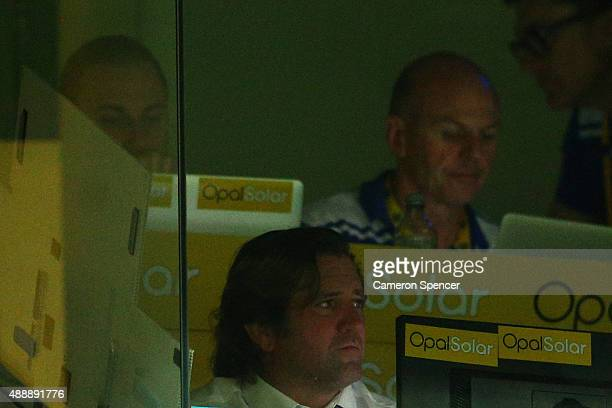 Bulldogs coach Des Hasler looks on from the coaches box during the First NRL Semi Final match between the Sydney Roosters and the Canterbury Bulldogs...