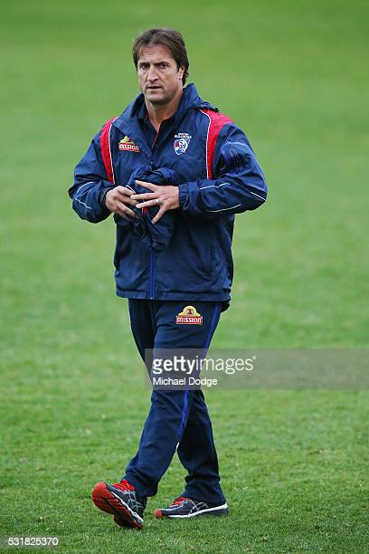 Bulldogs head coach Luke Beveridge walks off during a Western Bulldogs AFL training session at Whitten Oval on May 17 2016 in Melbourne Australia