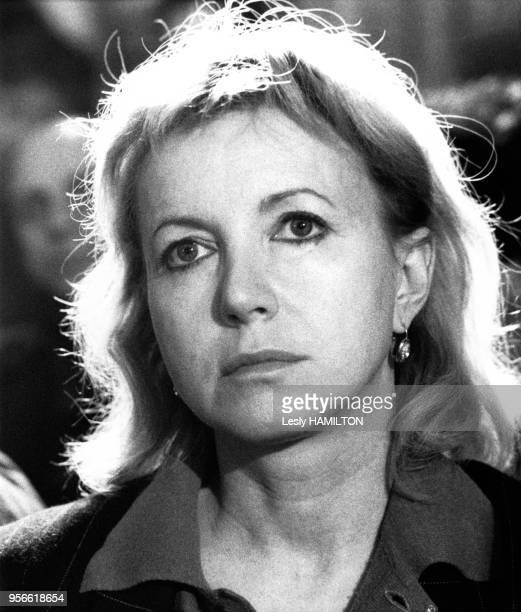 Bulle Ogier lors de la conférence de presse de Patrice Chéreau le 8 mars 1986 à Nanterre France