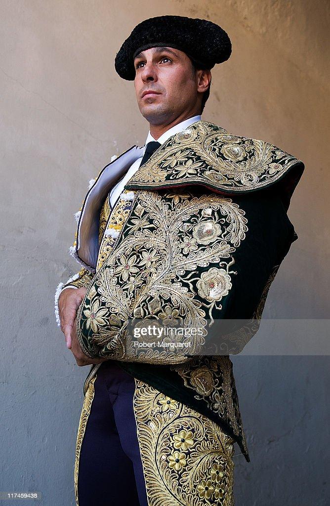 Bullfights In Barcelona 2011: Finito de Cordoba, Rivera ordones 'Paquirri' and Serafin Marin