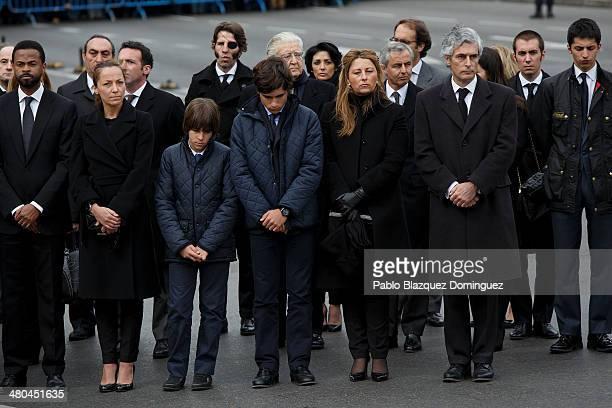 Bullfighter Juan Jose Padilla Adolfo Suarez Illana and friends and family members of Suarez stand at Cibeles Square as the coffin of former Spanish...