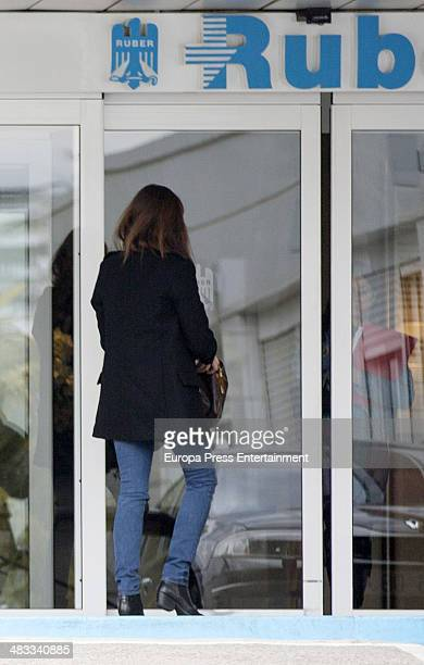 Bullfighter Julian Lopez 'El Juli''s wife Rosario Domecq arrives at Ruber hospital where she is going to give birth on March 28 2014 in Madrid Spain