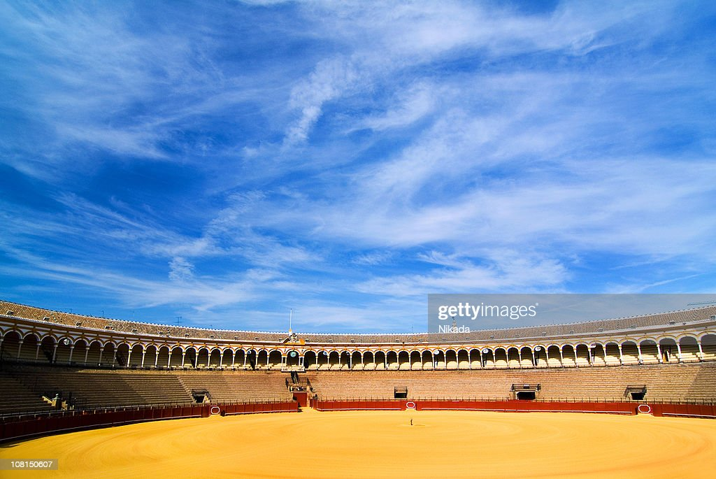Bullfighting Arena with Blue Sky : Bildbanksbilder