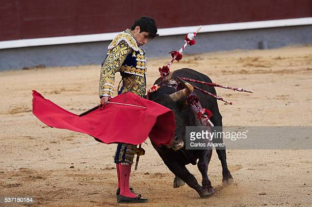 Bullfigther Alberto Lopez Simon performs during the San Isidro bullfight fair at Las Ventas bullring on June 1 2016 in Madrid Spain