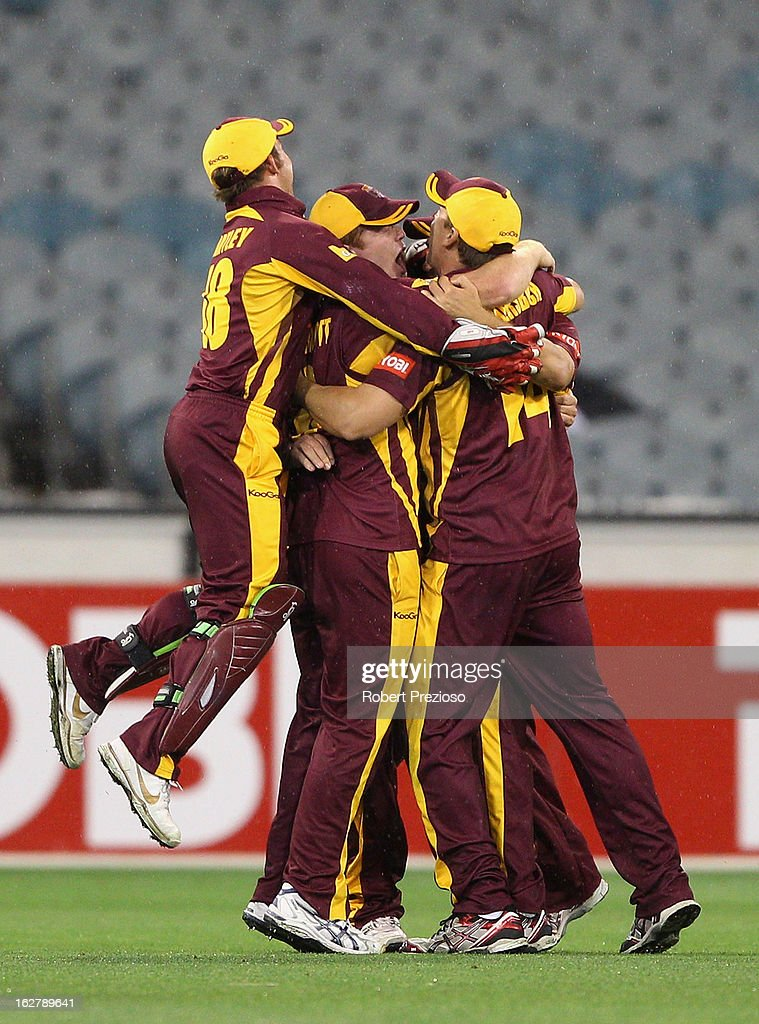 Bulls players celebrate winning the Ryobi One Day Cup final match between the Victorian Bushrangers and the Queensland Bulls at Melbourne Cricket Ground on February 27, 2013 in Melbourne, Australia.
